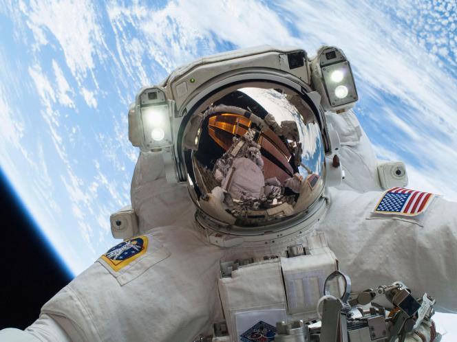 selfie in space